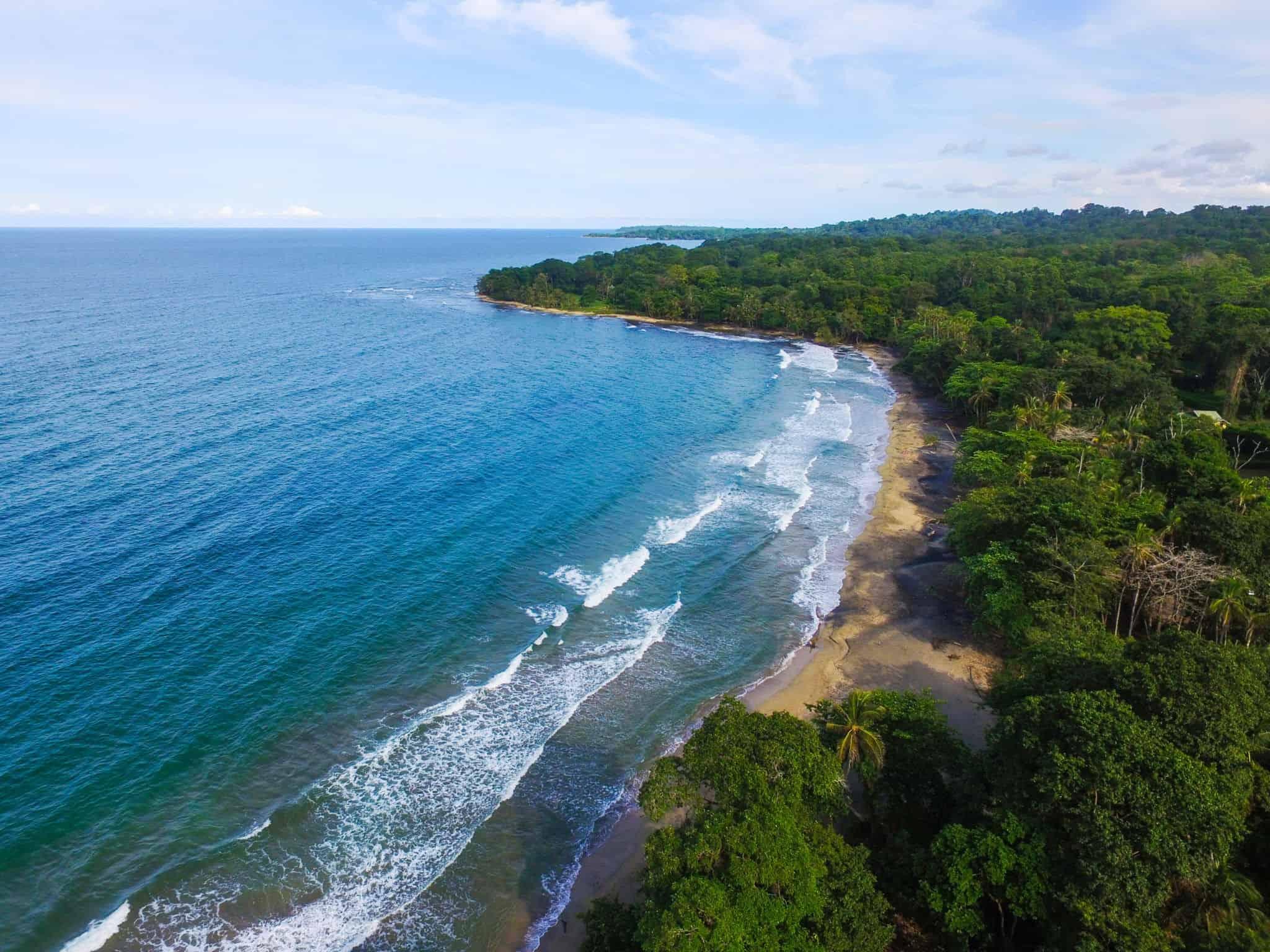 Trovare Lavoro In Costa Rica rifugio manzanillo, costa rica: informazioni e consigli su